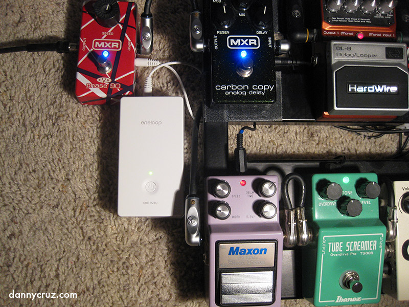 free sanyo pedal juice guitar effects pedals power supply. Black Bedroom Furniture Sets. Home Design Ideas